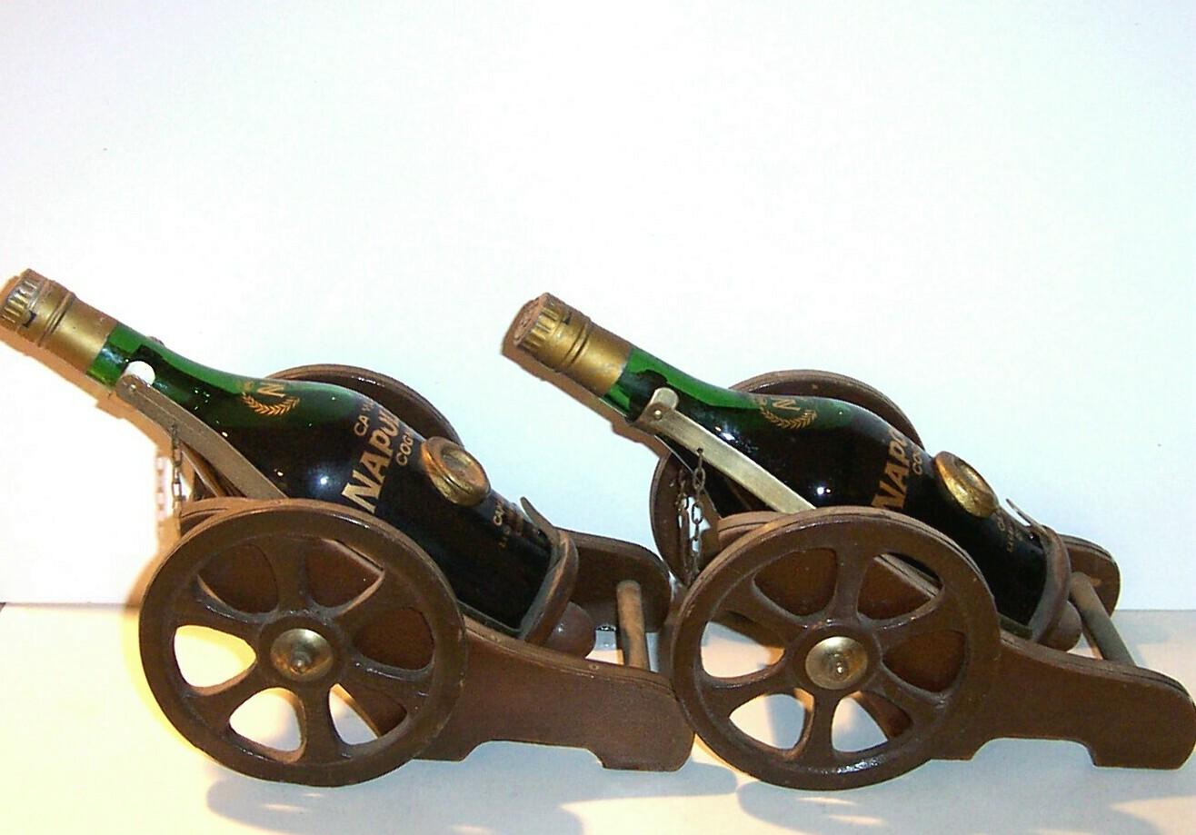 Cognac Camus cannon stand